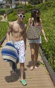 *HQ Adds* Justin Bieber & Selena Gomez in Maui, Hawaii on May 23, 2011