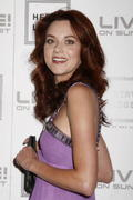 http://img166.imagevenue.com/loc115/th_73596_Hilarie_Burton_at_Herve_Leger_by_Max_Azria_Celebration4_122_115lo.jpg