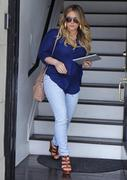 http://img166.imagevenue.com/loc177/th_129959710_Hilary_Duff_at_hair_salon_in_Beverly_Hills16_122_177lo.jpg