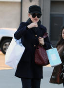 Winona Ryder shopping at Marc Jacobs and Kate Somerville Skin Care in LA 27-11-2010